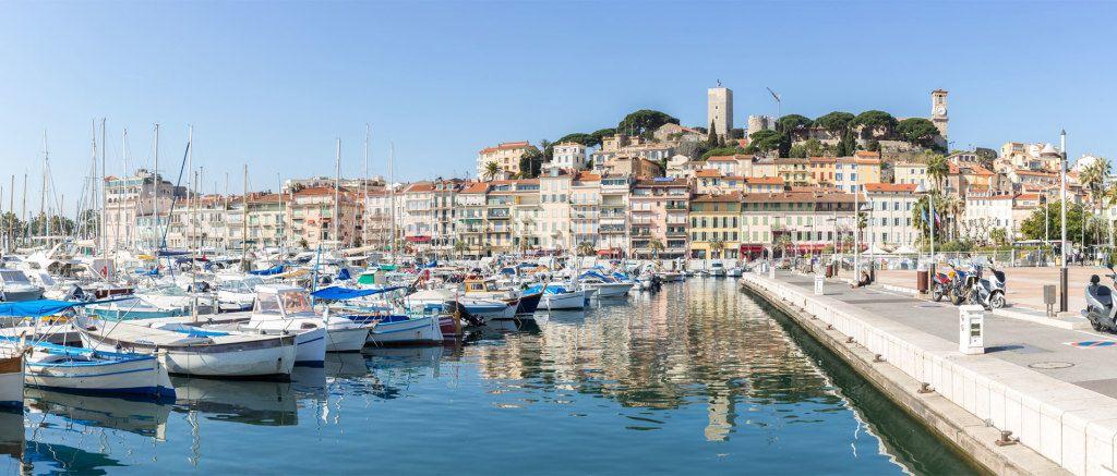 La vieille ville de Cannes à partir du camping les rives du loup Alpes maritimes 06
