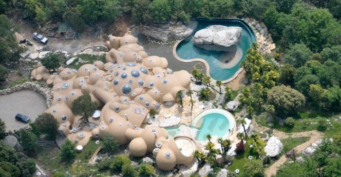 Les maisons bulles Gaudet de Tourrettes sur Loup – Curiosité de la Côte d'Azur