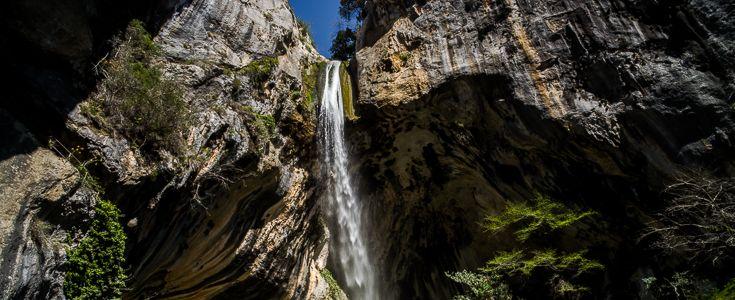 Une cascade pétrifiante de 65m classée remarquable depuis 1913 à 8 km du camping 06