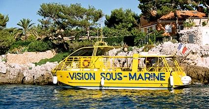 Le bateau visiobulle à Juan les pins pres du camping les rives du loup à pont du loup