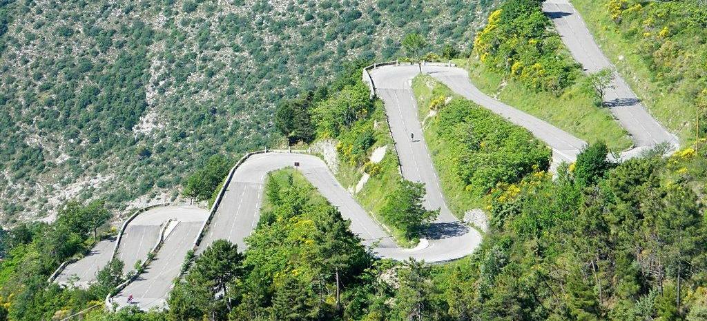 Col de braus nice relais motards camping alpes maritimes 06 cote d azur