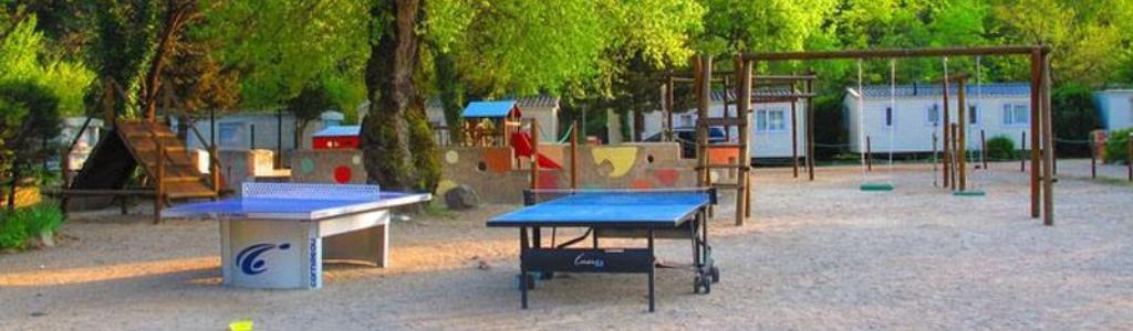 aires de jeux du camping pleine nature les rives du loup